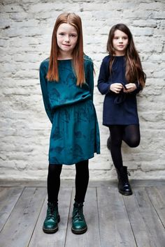 Trend colour teal with a bird print for fall/winter 14 girlswear from Finger in the Nose kidswear