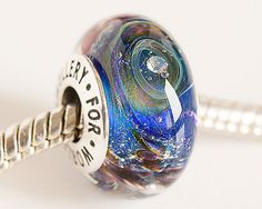 Cubic zirconia bead. Lampwork Glass bead. by JewelleryForWorld