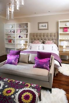 purple bedroom. love the ottoman. Would be great for Hannah as she gets older.