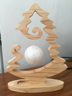 If you& trying to find Recycled Wood Projects that have a .- If you& trying to find Recycled Wood Projects that& a strategy If you try to find recycling wood projects with a strategy, you have found the right location. Christmas Wood Crafts, Wooden Christmas Trees, Christmas Art, Christmas Projects, Christmas Tree Ornaments, Holiday Crafts, Ornament Tree, Wooden Tree, Wood Ornaments