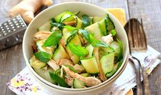 Chicken Zucchini Salad with Homemade Lemon Vinaigrette Zucchini Salad, Chicken Zucchini, Cetogenic Diet, Keto Recipes, Healthy Recipes, Salty Foods, Lemon Vinaigrette, Summer Dishes, Cucumber