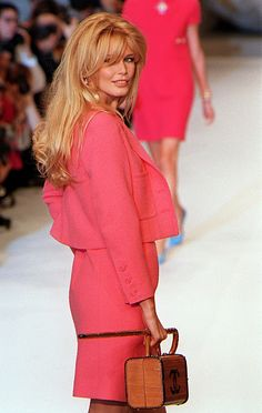Hot pink Chanel as interpreted by Karl Lagerfeld - Design Chic Blog