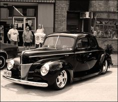 40's Ford