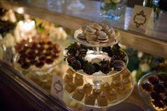 Mesa de dulces para bodas clasicas / Classical wedding candy bar #Wedding #Boda #Hacienda #Yucatán
