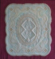 Linen wholecloth quilt by Geri Richardson
