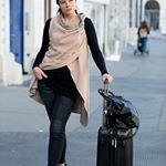 KUKLA - das variable Wickelkleid und Fashion Startup aus Wien – MADAME KUKLA Rebecca Minkoff, Outfits, Clothes, Style, Fashion, New Looks, Vest, Womens Fashion, Gowns