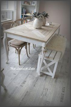 landelijke tafel van licht stijgerhout | Moodboard livingroom ...