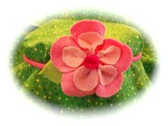 Single felt flower Headband $4
