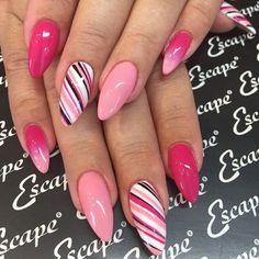 Semi-permanent varnish, false nails, patches: which manicure to choose? - My Nails Perfect Nails, Gorgeous Nails, Stylish Nails, Trendy Nails, Fancy Nails, Cute Nails, Acrylic Nail Designs, Nail Art Designs, Fingernail Designs