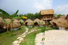 Mushroom Point in Sihanoukville, Cambodia - a backpackers with individual huts!