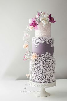 #1 Cake Inspired by Enchanted Garden