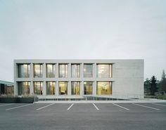 Verwaltungsgebäude Karl Köhler in Besigheim - Beton - Büro/Verwaltung - baunetzwissen.de