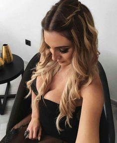 58 Elegant Hairstyles For Prom 2019 58 elegante Frisuren f Chic Hairstyles, Elegant Hairstyles, Braided Hairstyles, Wedding Hairstyles, Hairstyle Ideas, Amazing Hairstyles, Layered Hairstyles, Style Hairstyle, Headband Hairstyles