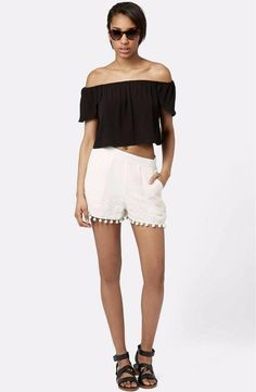 Topshop Pompom Shorts Size 0-2 US (4UK) Ivory FTC #3434