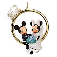 Minnie and Mickey Mouse Ornament - if I ever get married I HAVE to have this
