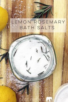 Make your own DIY homemade detox salt bath with lemon + rosemary. It smells so delicious and is so great for stressed out skin!
