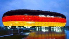 Allianz-Arena-München #Munchen DIE STADT DIE #INNENARCHITEKTUR UND #KUNST VERSCHMELZT. Sehen Sie mehr: http://wohnenmitklassikern.com/projekte/munchen-die-stadt-die-innenarchitektur-und-kunst-verschmelzt/