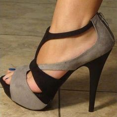 high heels – High Heels Daily Heels, stilettos and women's Shoes Pretty Shoes, Beautiful Shoes, Cute Shoes, Me Too Shoes, Awesome Shoes, Hello Beautiful, Gorgeous Women, Stilettos, Stiletto Heels