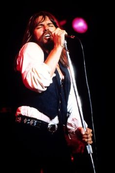 Love me some Bob Seger and the silver bullet band! I like that old time rock n roll! Today's music ain't got the same soul :) Classic Blues, Classic Rock, Music Mix, New Music, Pink Floyd More, Boogie Woogie, Bob Seger, Music Images, Music Guitar