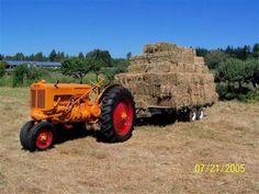 1950 Minneapolis Moline Z Antique Tractors, Old Tractors, Minneapolis Moline, Mini Mo, Agriculture Farming, Old Farm Equipment, Farm Signs, Farm Houses, Vintage Farm