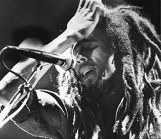 Bob Marley sang to a crowd of 3265 at the now destroyed Kansas University's Hoch Auditoruim on December Swaying and weaving on stage with Marley were his band The Wailers and two of his. Bob Marley Songs, Bob Marley Legend, Reggae Bob Marley, Bob Marley Quotes, Reggae Rasta, Reggae Music, Rasta Man, Bob Marley Pictures, Marley Family