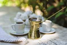 Coffee, our elixir of life, and the one moving force that brings us to get out of bed in the morning and function through the hassles of a standard Best Iced Coffee, Elixir Of Life, How To Make Coffee, Instant Coffee, Coffee Filters, Coffee Recipes, Coffee Break, Moscow Mule Mugs, Allrecipes