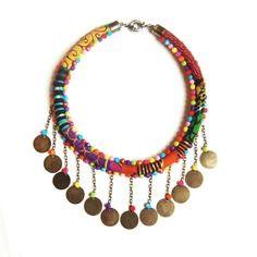 www.cewax.fr aime les bijoux ethno tendance Bijoux ethniques et style tribal. CéWax aussi fait des bijoux en tissus imprimés africains, on vous retrouve en boutique ici: http://cewax.alittlemarket.com/ - Collier -massaï- wax tissu africain sequins perles