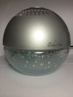 Ya vuelve a estar disponible en nuestra tienda el brumizador de Boles D'olor en color plata.