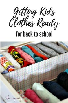 Having clothes in order is an important part of making back to school go smoothly.. Use these helpful tips and tricks how to organize your kids clothes and closet. Start your school year with your best, most organized foot forward! #organization #organize #backtoschool