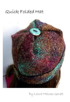 Weaving Pattern – Quick Folded Hat, Continuous Strand Tri-Lo… – Knitting Models and Suggestions Inkle Weaving, Hand Weaving, Loom Hats, Peg Loom, Fabric Yarn, Weaving Projects, Weaving Patterns, Loom Knitting, Yarn Crafts