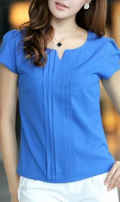 Sapphire Blue Chiffon Blouse 5028 Blue Source bySapphire blue chiffon blouse with pleats in the frontFashionable V-Neck Sleeveless Printed Chiffon Blouse For WomenI LOVE this style of this blouse! In pink, please!SUCH a gorgeous color! Blouse Patterns, Blouse Designs, Casual Outfits, Fashion Outfits, Womens Fashion, Cute Outfits, Work Attire, Blouse Styles, Stylish Dresses