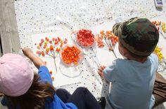 Herfstboom met gekleurde popcorn