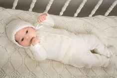 Vauvan takki, housut, myssy ja tossut Viking Baby Ull-langasta Lataa ohje (pdf)