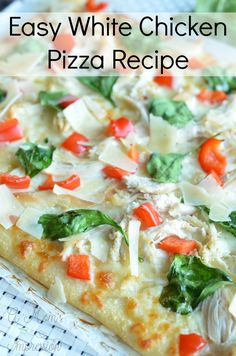 Need some inspiration for dinner tonight? Check out my easy White Chicken Pizza recipe. This pizza is not only beautiful, it tastes amazing. Best of all it is on your dinner table in less than 30 minutes! #ad #RaguWeeknightTradition