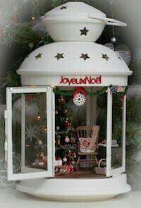 52 Inspiring Rustic Christmas Lantern Ideas for Your Porch Decoration - Dailypatio Miniature Christmas, Noel Christmas, Rustic Christmas, Winter Christmas, Vintage Christmas, Cheap Christmas, Christmas Lanterns Diy, Nordic Christmas, Christmas Wishes