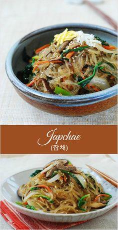 (Korean Stir-fried Glass Noodles Korean Stir-Fried Starch Noodles with Beef and Vegetables!Korean Stir-Fried Starch Noodles with Beef and Vegetables! Stir Fry Glass Noodles, Korean Glass Noodles, Asian Noodles, Japchae Recipe Korean, Bo Bun, Asian Recipes, Healthy Recipes, Vegetarian Recipes, Korean Side Dishes