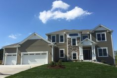 The Canterbury Model in Cloverland Farms located in Pewaukee, WI