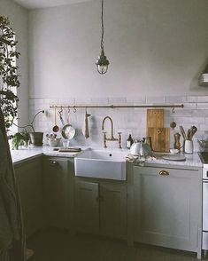 Modern Kitchen Interior Image for Our new DeVol Kitchen in the Countryside - Kitchen Flooring, Kitchen Furniture, Kitchen Decor, Cheap Furniture, Furniture Stores, Kitchen Backsplash, Furniture Nyc, Furniture Websites, Furniture Dolly