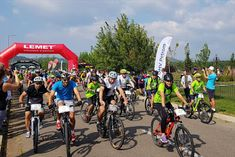 sportcampina: 350 de cicliști, cu vârste între 7 și 73 de ani, a... Mtb, Bicycle, Sports, Hs Sports, Bike, Bicycle Kick, Sport, Bicycles, Mountain Biking