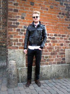 #Copenhagen #streetstyle #menswear #MONOBI Copenhagen, Men's Style, Runway, Winter Jackets, Menswear, Punk, Street Style, Mens Fashion, Male Style