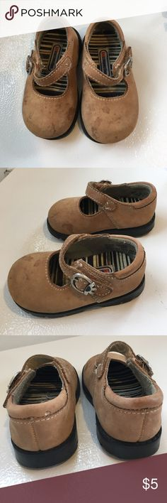 Brown Baby Girl Mary Janes Looks like water marks around the front toes. Haven't tried to clean it off. Bottom of soles look like new but there is the flaw shown in photo. Kid Connection Shoes Baby & Walker