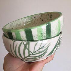 Ceramic Decor, Ceramic Clay, Ceramic Bowls, Ceramic Pottery, Pottery Painting, Ceramic Painting, Cerámica Ideas, Glaze Paint, Ceramics Projects