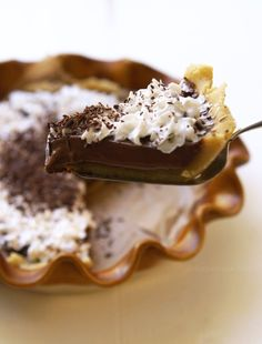 Vegan French Silk Pie #SoyFree | Detoxinista