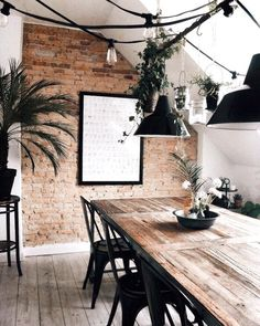 "12 mentions J'aime, 2 commentaires - M A R I N A FASHION BLOGGER (@bymarinazaza) sur Instagram : ""Wood New post home on my blog 