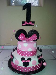 First birthday Minnie Mouse cake. by LD Cakes n Cupcakes!