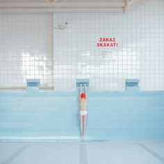 maria svarbova, pool without water