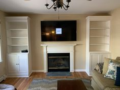 Added crown/trim and backing to bookshelves to ikea havsta storage combo to make a built in look 👍 Ikea Living Room, Living Room Kitchen, Dining Room, Hemnes, Ikea Fireplace, Ikea Built In, Ikea Home, Built Ins, Home And Living