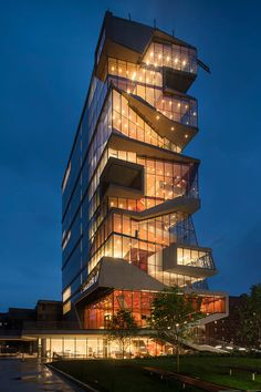 The Vagelos Education Center at Columbia University. Exterior night view of the south facade and study cascade (under construction, June Photograph @ Nic Lehoux, courtesy of Diller Scofidio + Renfro. New York Architecture, Education Architecture, Commercial Architecture, Futuristic Architecture, Amazing Architecture, Contemporary Architecture, Landscape Architecture, Architecture Design, Classical Architecture