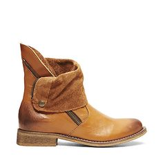 SOLEMATE COGNAC LEATHER women's bootie flat casual - Steve Madden