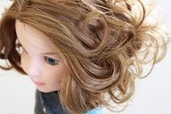My Froggy Stuff-how to curl dolls hair-this is a great site!